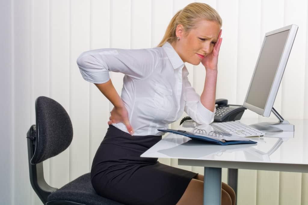 Rückenschmerzen können vom Kiefergelenk kommen – oder: Warum am Kiefergelenk ein ganzer Mensch hängt…